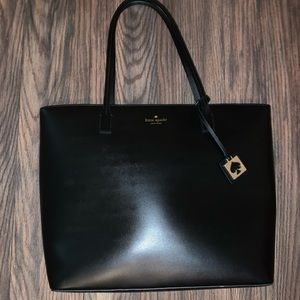 Kate Spade Tote - Like New!!